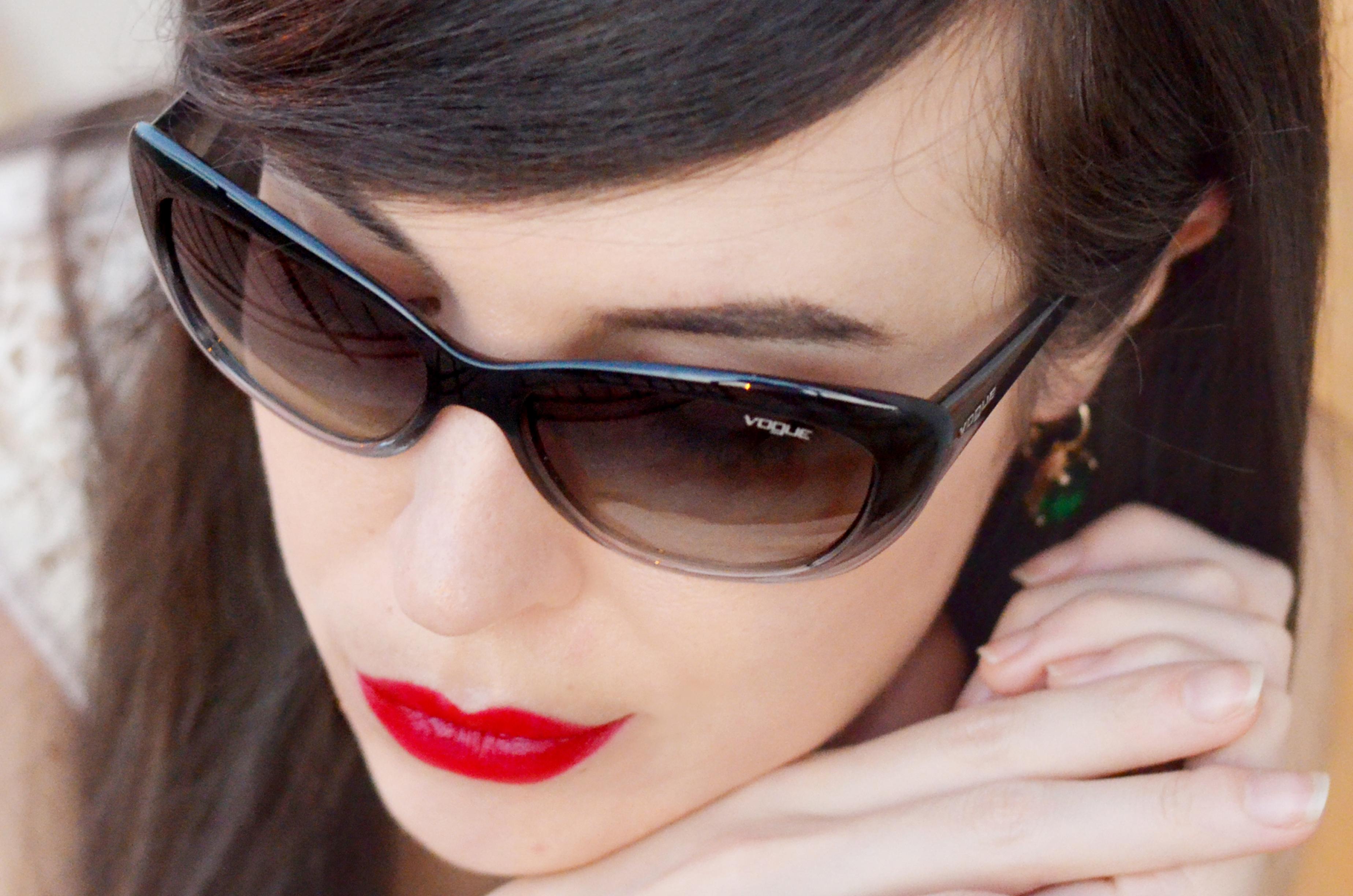 Migliori occhiali da sole per viso ovale petite renato for Pubblicita occhiali da sole