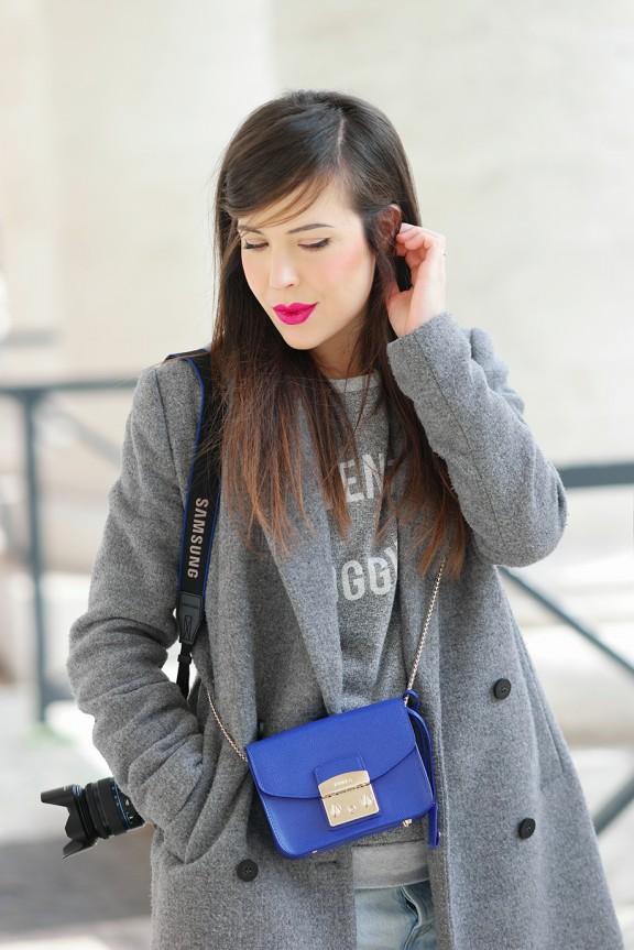 outfit jeans levi's Levi's 501 Customized and Tapered _fashion blogger_comfy look_nunzia cillo_entrophia_furla metropolis blu_mini bag