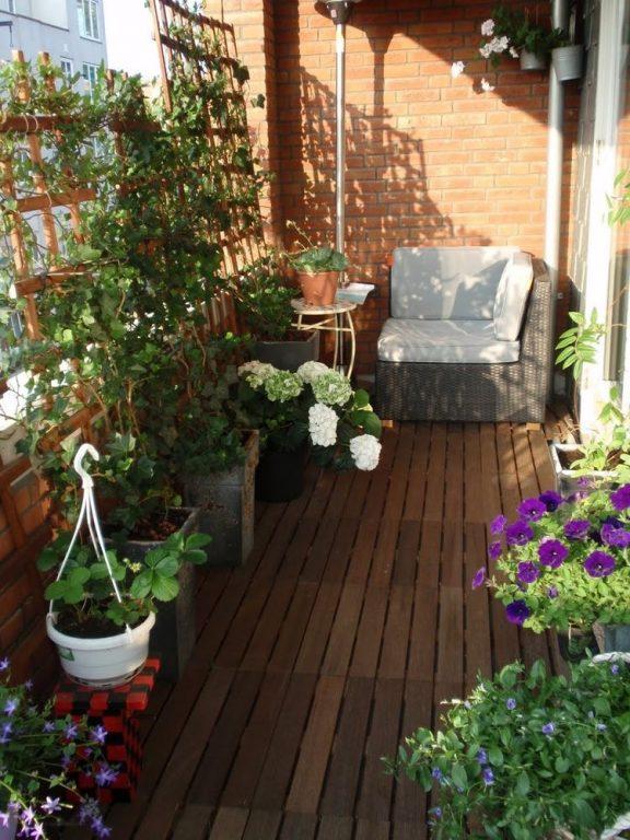 Come creare un orto cittadino in balcone o terrazzo entrophia - Creare un giardino sul balcone ...